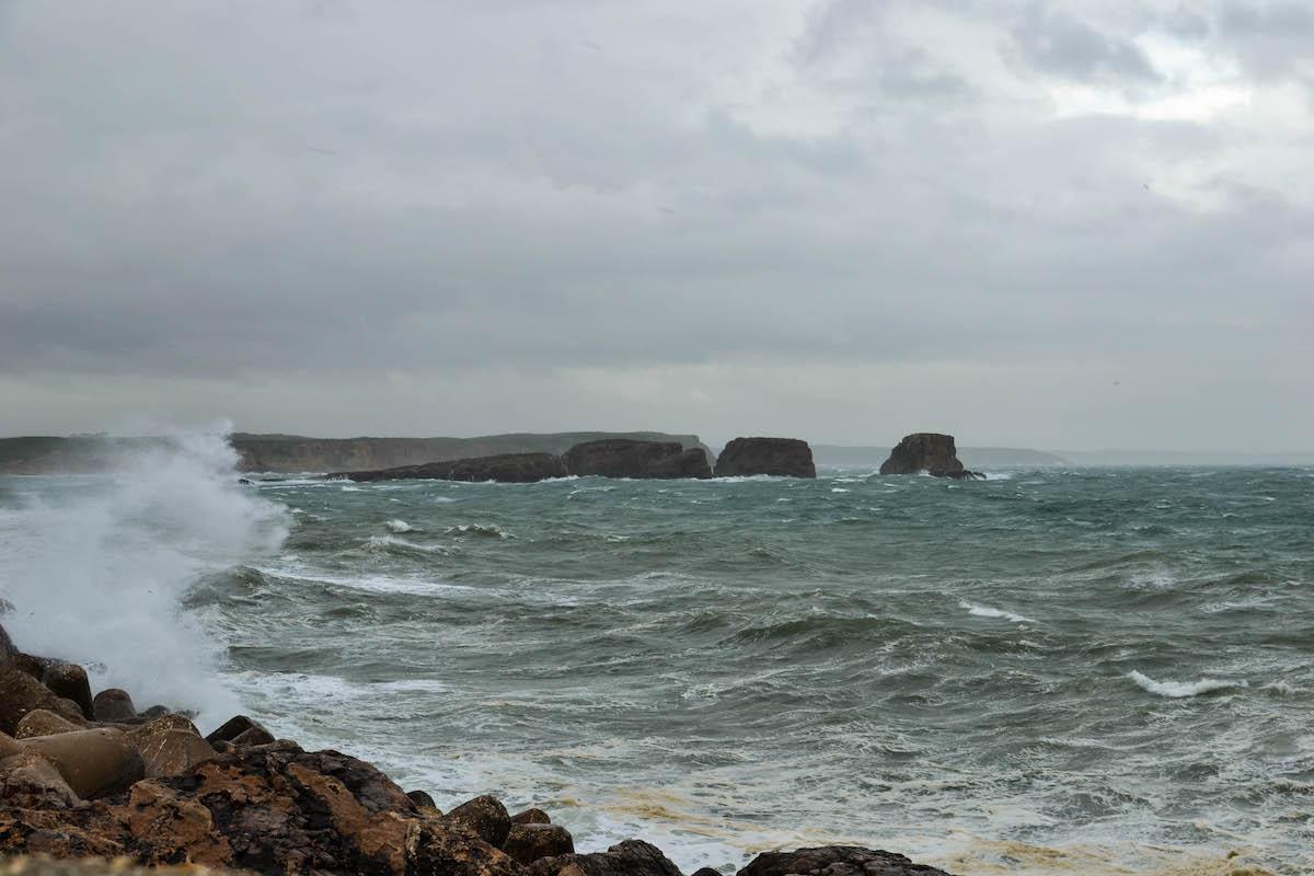Lado de fora do porto da Baleeira. Foto: Nuno Barros