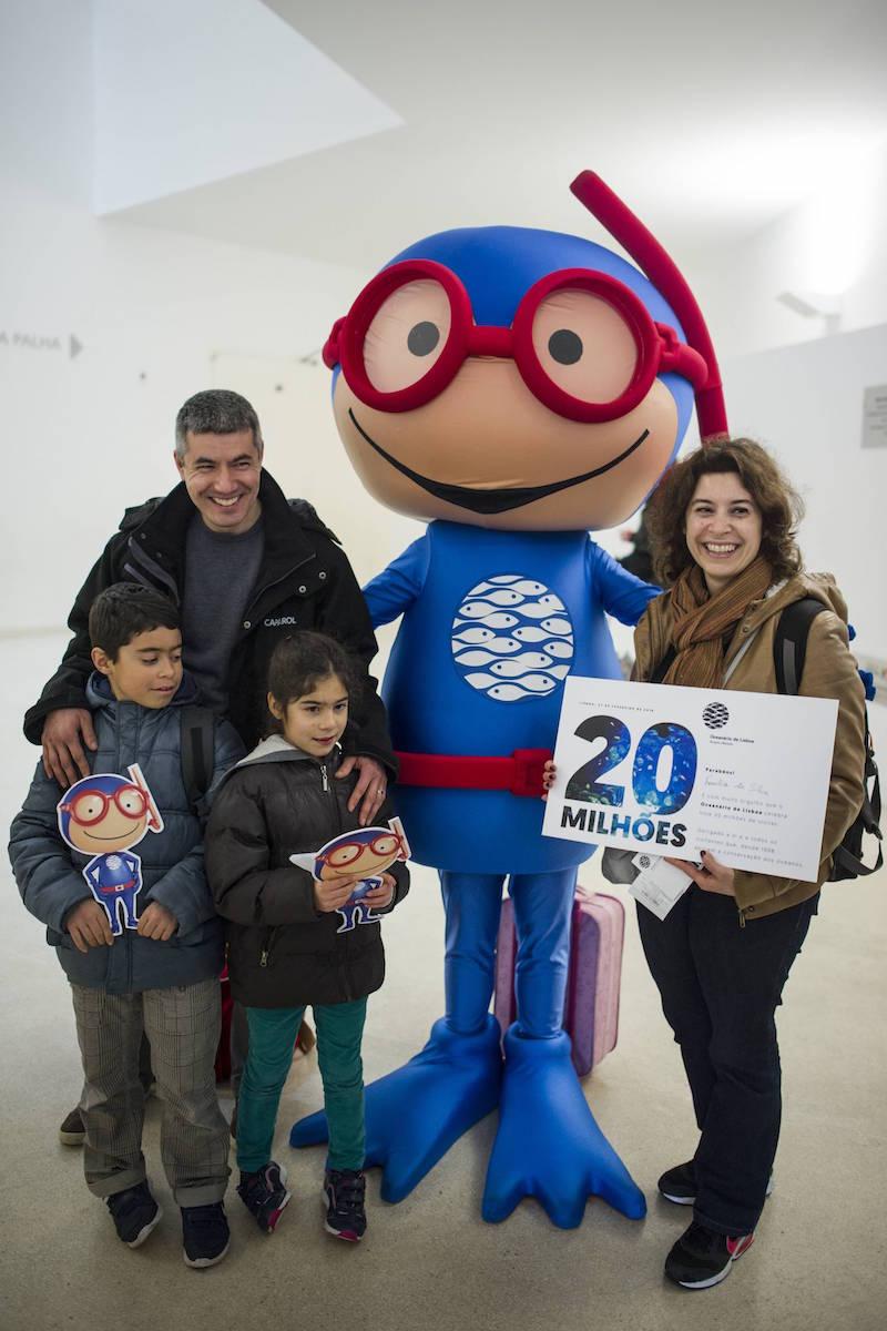 Visitantes 20 milhões. Foto: Pedro A. Pina