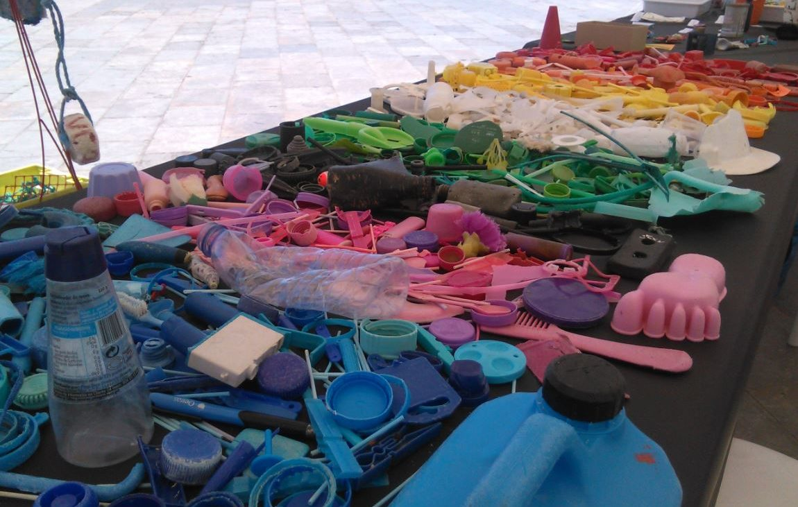 Exposição no Paredão D'as Artes Foto: Plasticus Maritimus