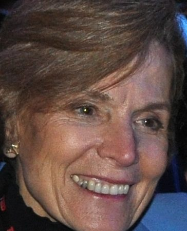 Sylvia Earle em grande plano